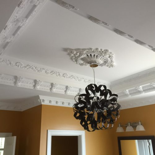 Pierced Flower Wreath Ceiling Medallion